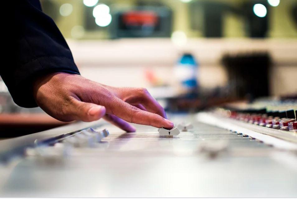 Mariage de rêve : comment réussir son animation musicale sans se ruiner ?