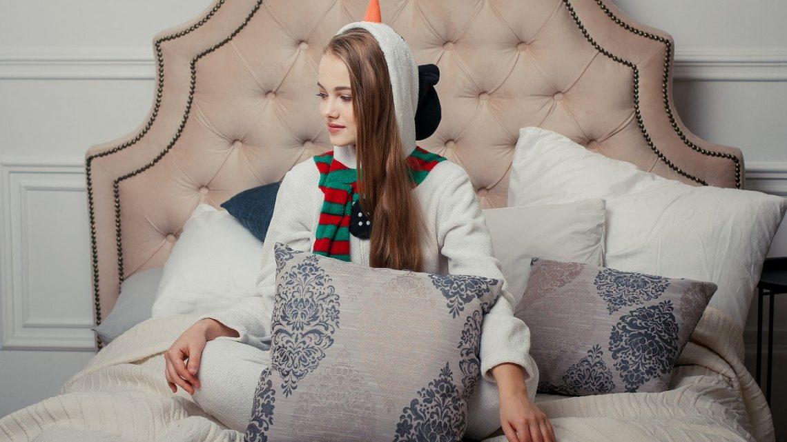 La combinaison pyjama femme, un article séduisant
