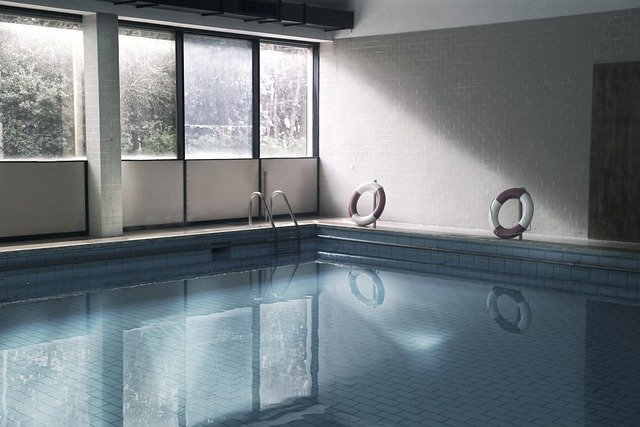 Bien choisir un abri de piscine hors-sol