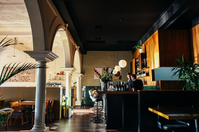 Quelles sont les étapes pour ouvrir un restaurant?